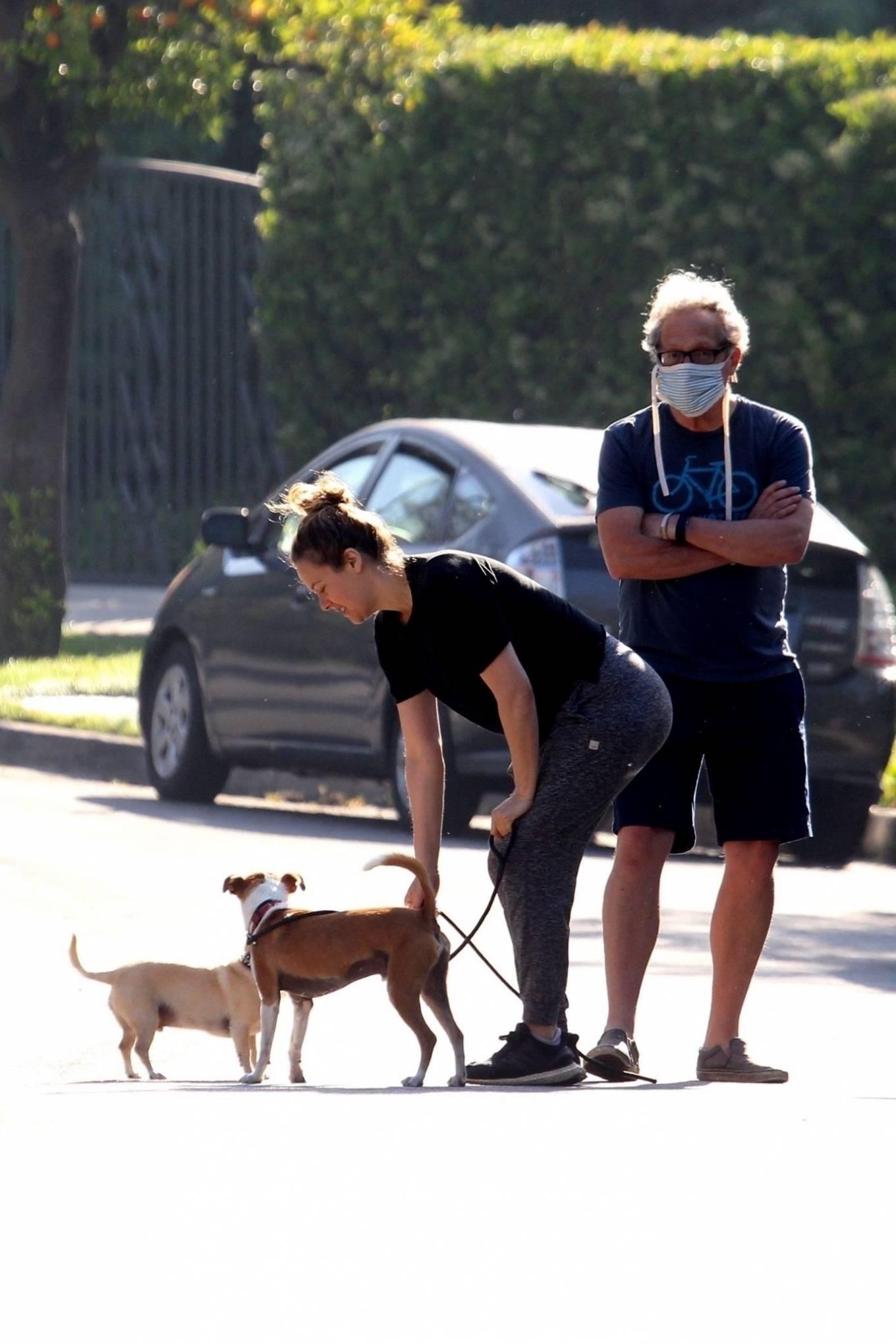 Alicia Silverstone 2020 : Alicia Silverstone – Spotted on dog walk in LA-09