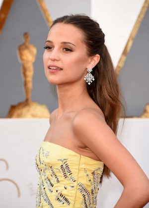 Alicia Vikander - 2016 Oscars in Hollywood