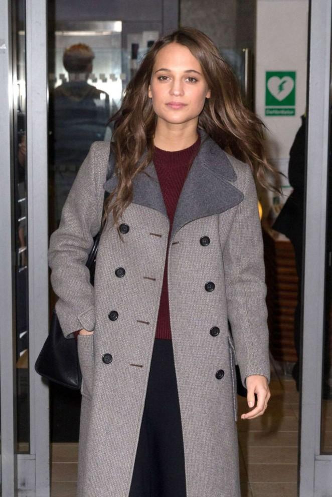 Alicia Vikander - Arrives at BBC Studios in London