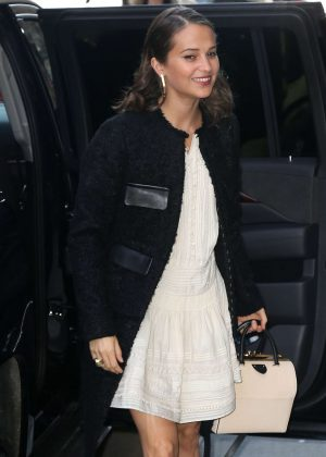 Alicia Vikander - Arrives at 'Good Morning America' in New York City