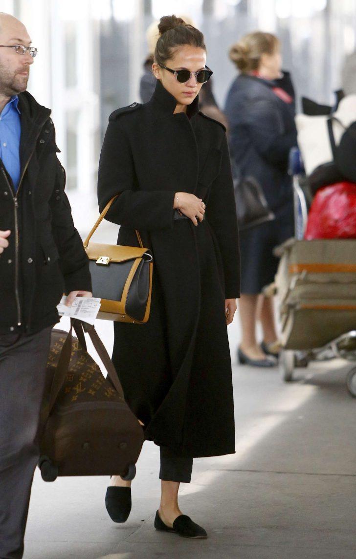 Alicia Vikander: Arriving at JFK Airport -01