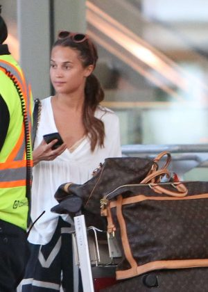 Alicia Vikander - Arriving at the Toronto airport in Canada