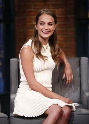 Alicia Vikander Late Night With Seth Meyers In Nyc