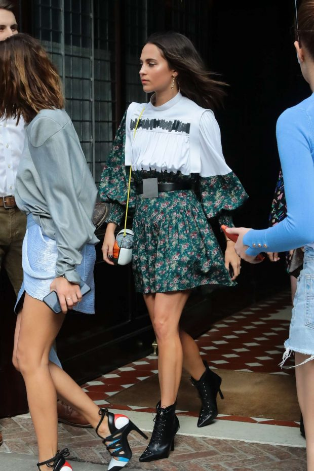 Alicia Vikander - Leaves her hotel in New York