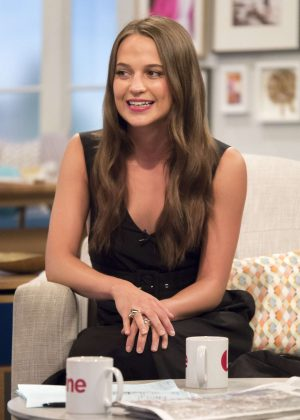 Alicia Vikander - 'Lorraine' TV Show in London
