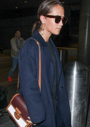 Alicia Vikander - Seen at LAX in Los Angeles