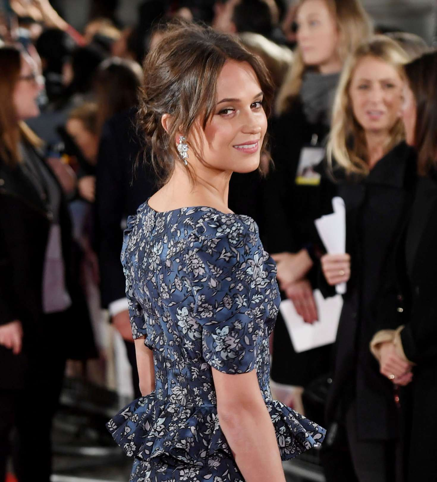 sc 1 st  GotCeleb & Alicia Vikander - The Light Between Oceans premiere in London