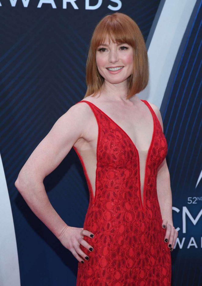 Alicia Witt – 52nd Annual CMA Awards in Nashville