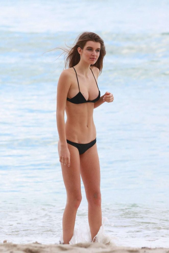 Alicja Gesciak in Black Bikini on the beach in Miami