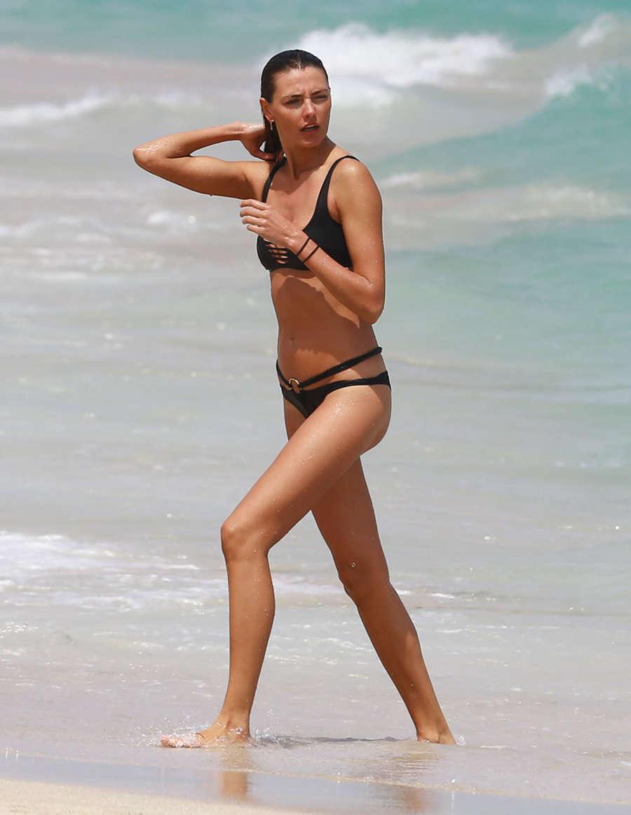 Alina Baikova Bikini Candids in Miami Pic 11 of 35