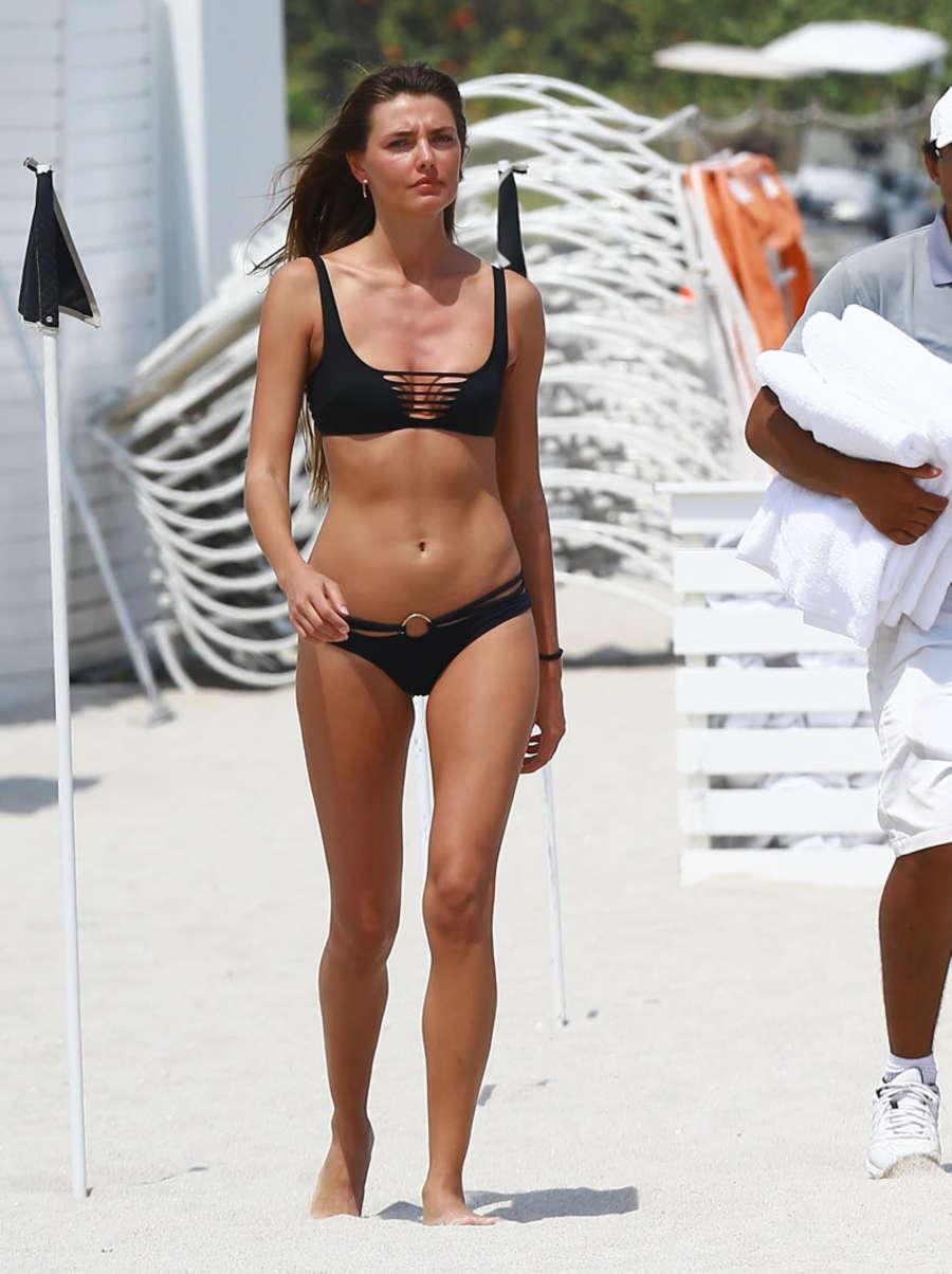Alina Baikova Bikini Candids in Miami Pic 5 of 35