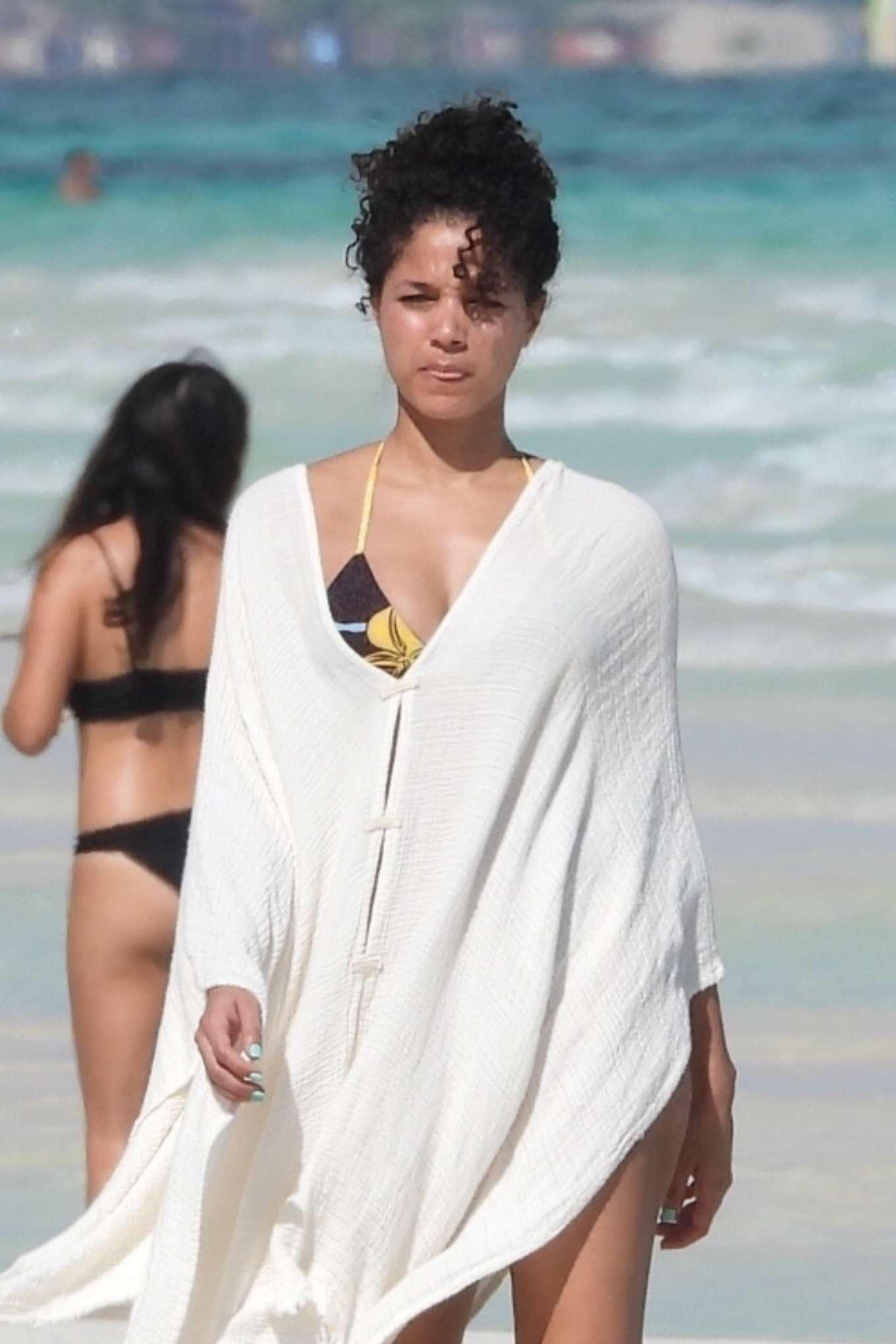 Alisha Wainwright in Bikini 2020-08 | GotCeleb