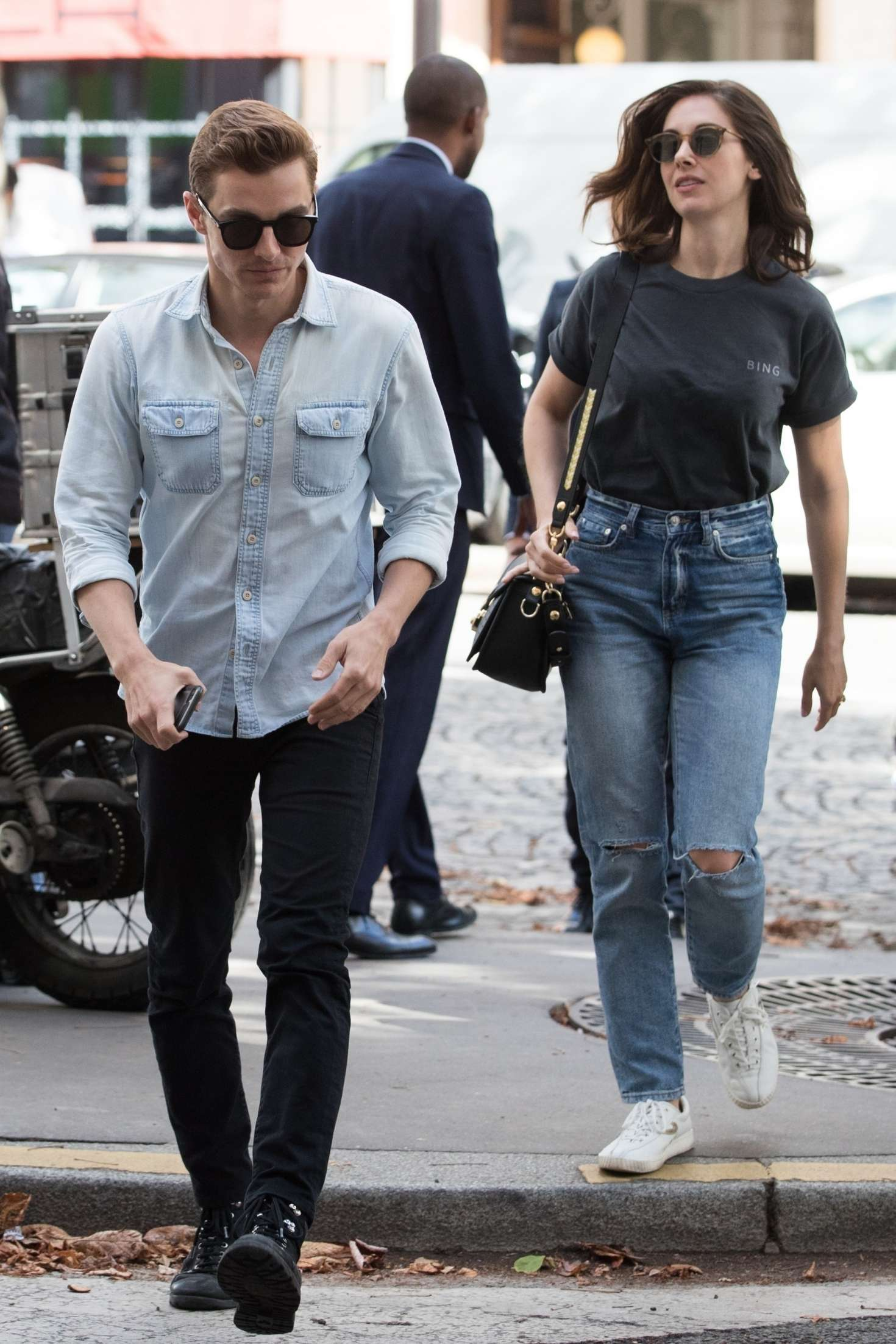 Alison Brie 2018 : Alison Brie and Dave Franco: Arrive in Paris -07