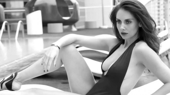 Alison Brie - GQ Mexico 2015 (Behind the Scenes)