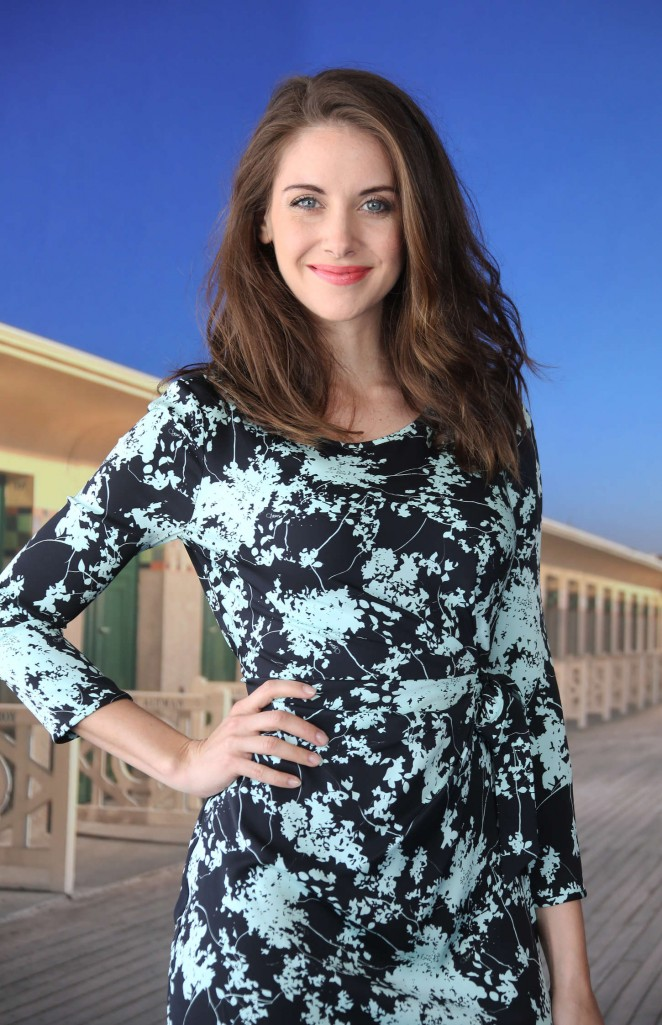 Alison Brie - 'Jamais entre amis' Photocall at 41st Deauville American Film Festival