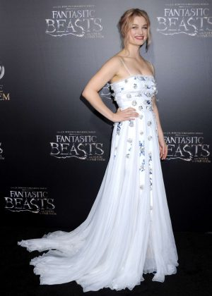 Alison Sudol -'Fantastic Beasts and Where to Find Them' Premiere in NYC