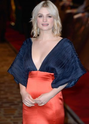 Alison Sudol - 'Fantastic Beasts The Crimes of Grindelwald' Premiere in Paris