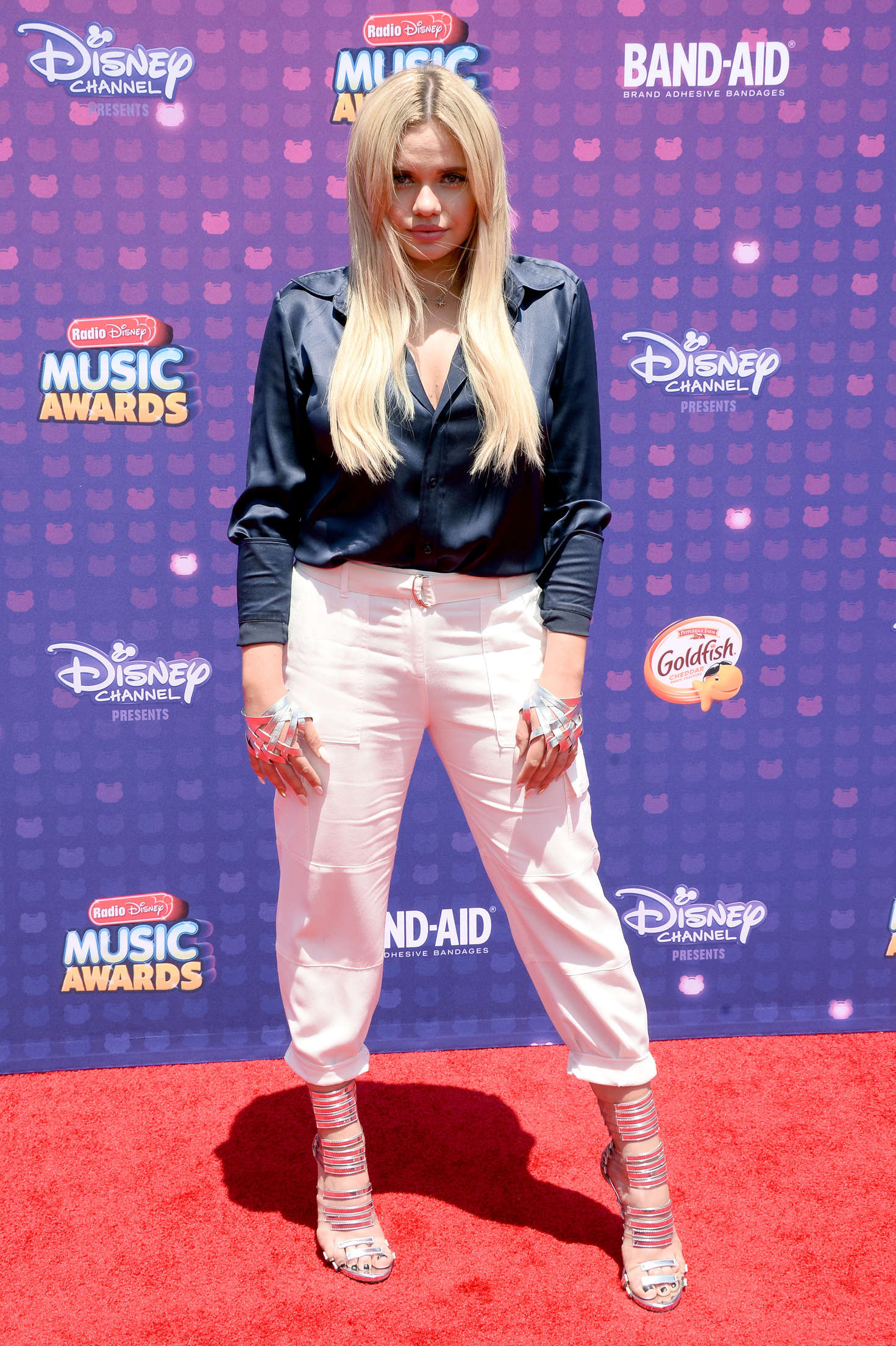 Alli Simpson 2016 : Alli Simpson: 2016 Radio Disney Music Awards -02