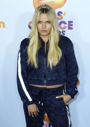 Alli Simpson - 2017 Nickelodeon Kids' Choice Awards in LA