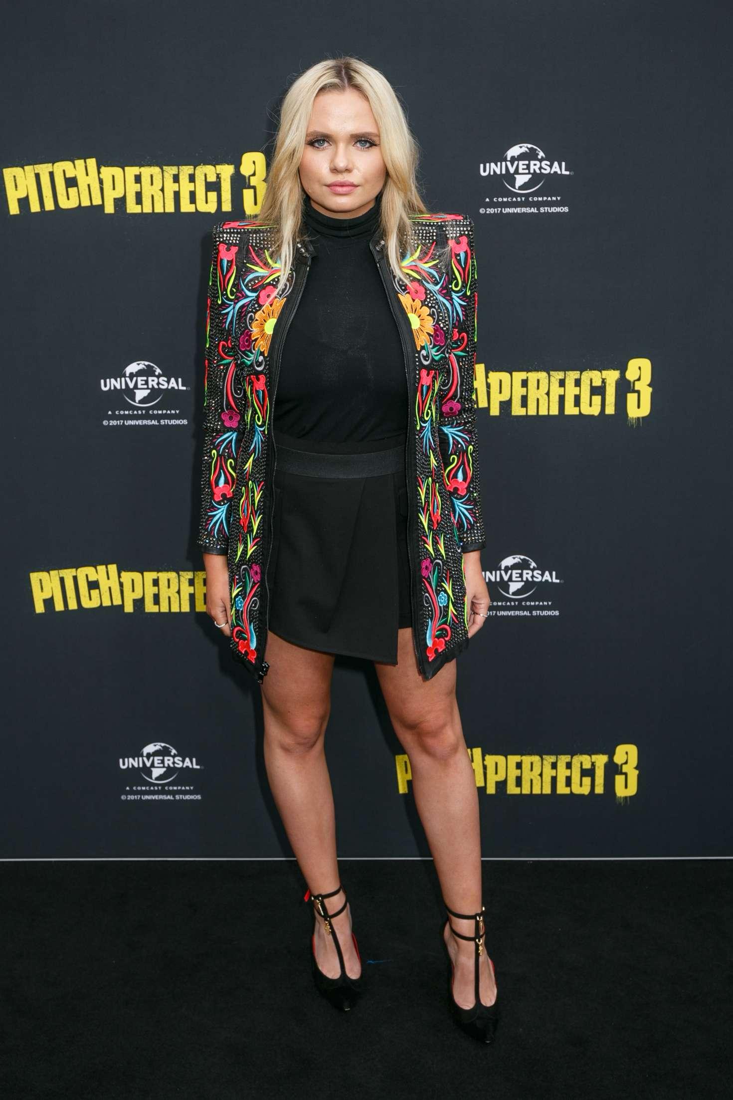 Alli Simpson 2017 : Alli Simpson: Pitch Perfect 3 Premiere in Sydney -01
