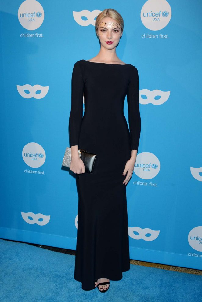 Allie Marie Evans - UNICEF Masquerade Ball 2018 in Los Angeles