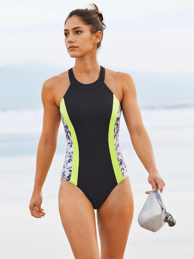 Allison Stokke - Athleta apparel