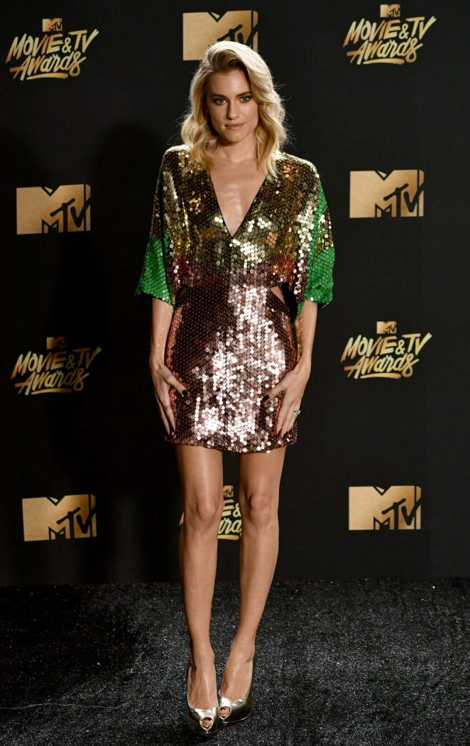 Allison Williams – 2017 MTV Movie And TV Awards in Los Angeles