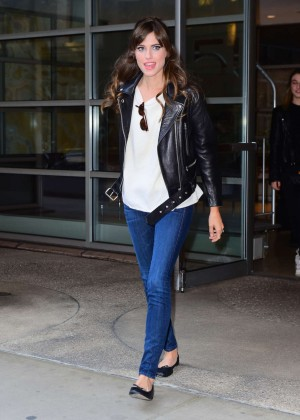 Allison Williams in Jeans arrives at Tonight Show in NYC