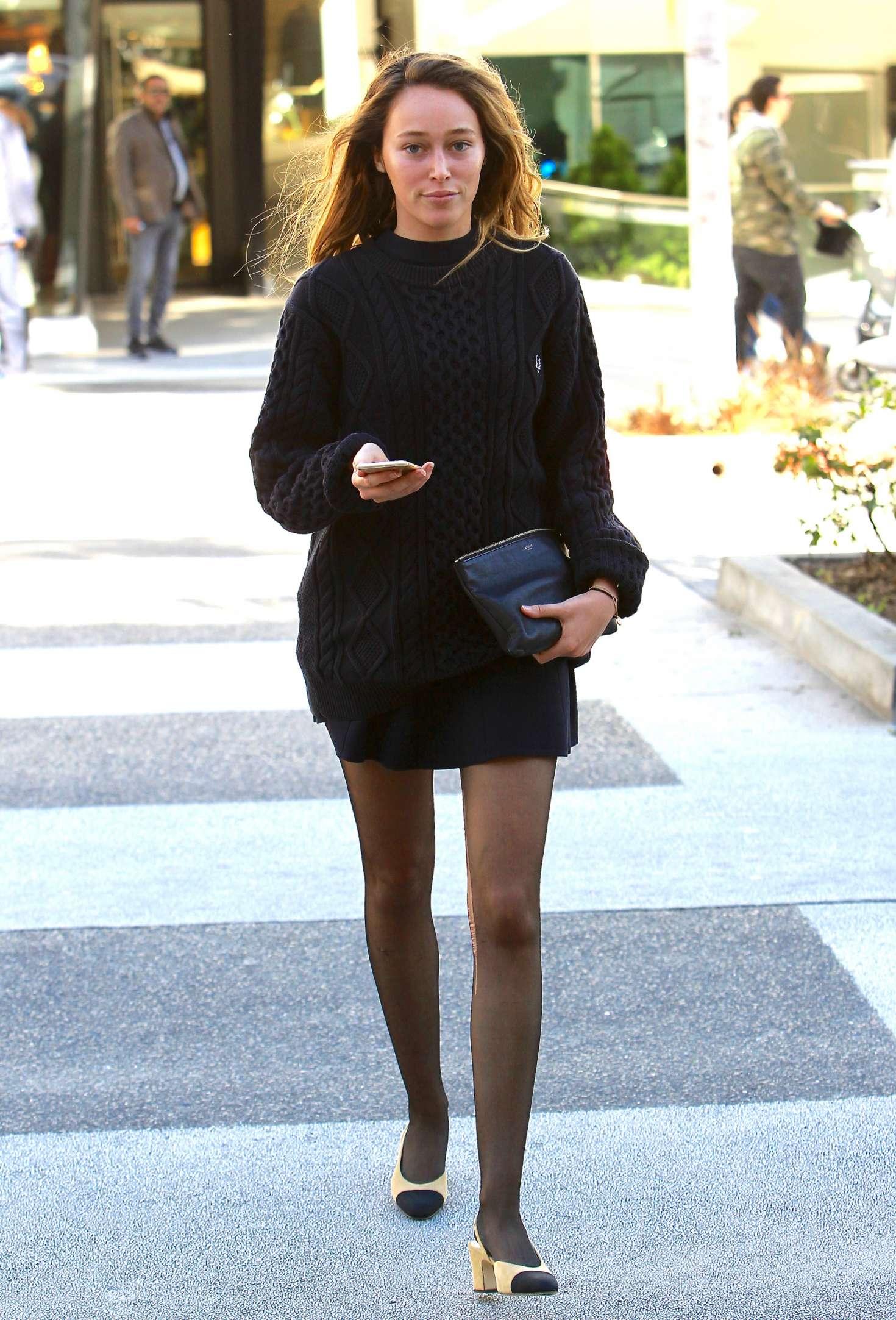 Hot Alycia Debnam-Carey  nudes (25 photo), YouTube, cameltoe