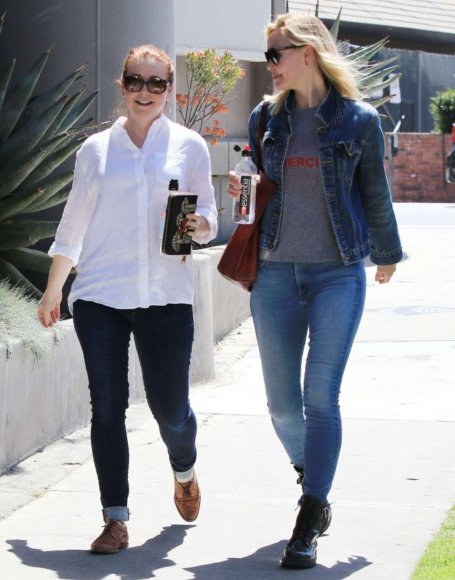 Alyson Hannigan and Leslie Bibb out for lunch in Studio City