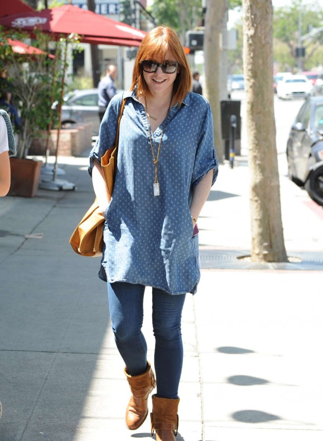 Alyson Hannigan in Jeans out in Santa Monica
