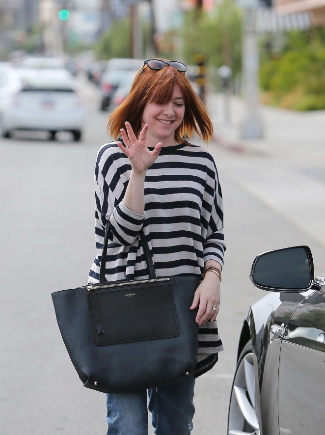 Alyson Hannigan in Jeans Shopping in Beverly Hills