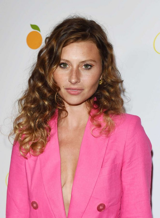 Alyson Michalka – 'Flower' Premiere in Los Angeles
