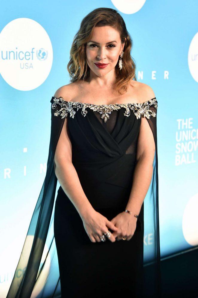 Alyssa Milano – 2018 UNICEF Snowflake Ball in New York