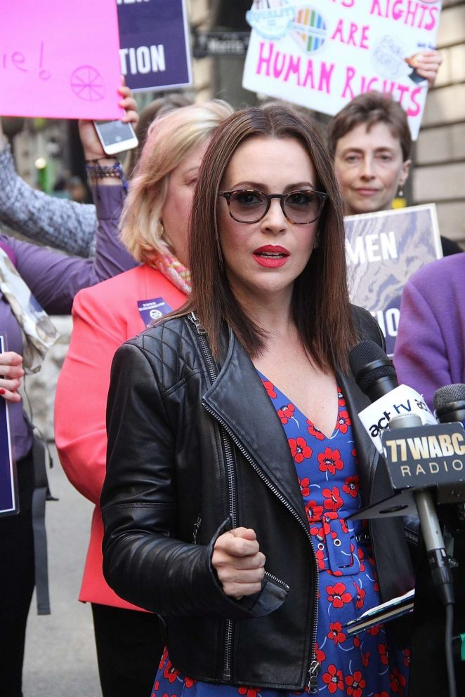 Alyssa Milano at the ERA Coalition call for ratification of the Equal Rights Amendment in NYC