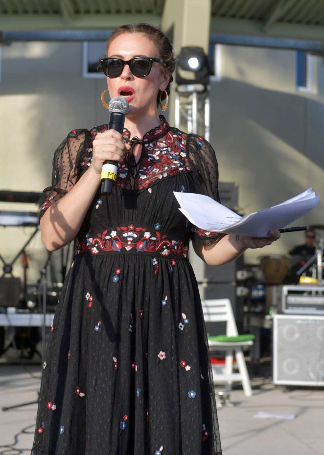 Alyssa Milano - Hosting Actions for Change Food and Music Festival in Parkland