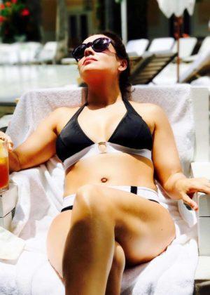 Alyssa Milano in Bikini - Personal Pics