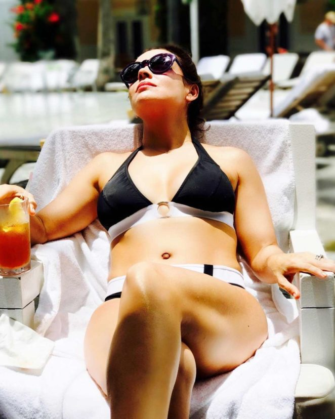 Alyssa Milano in Bikini Personal Pics
