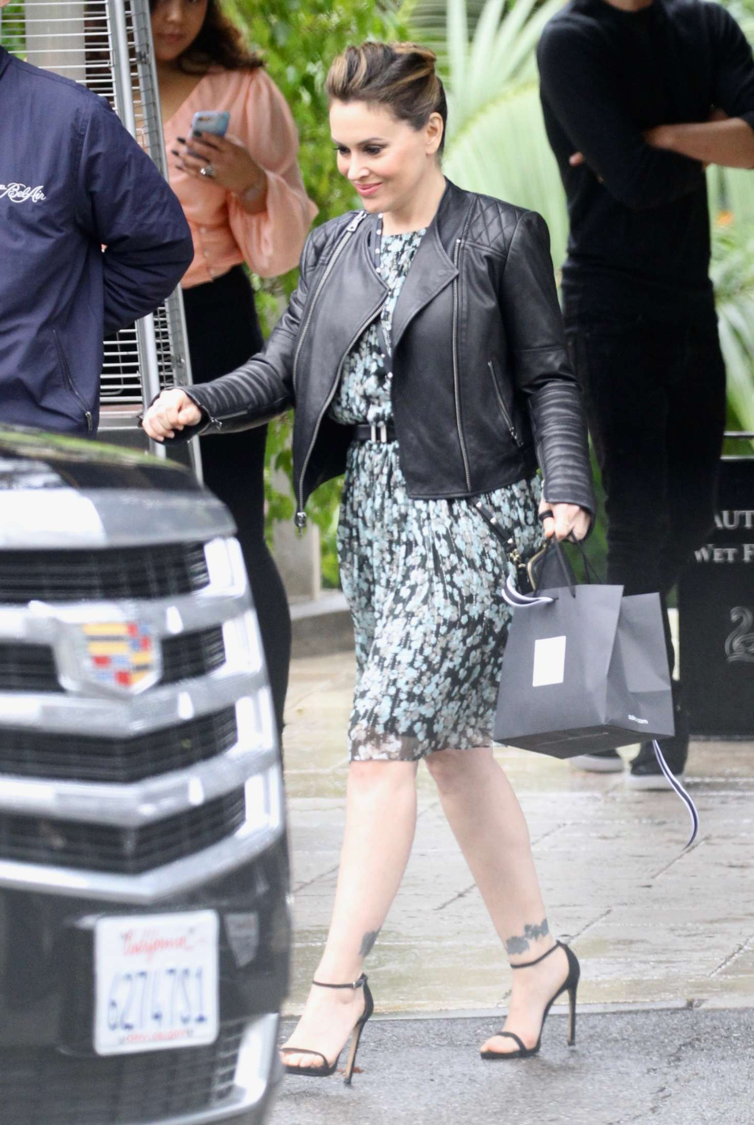 Alyssa Milano - Leaving the Bel Air Hotel in Beverly Hills