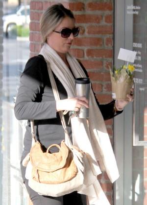 Amanda Bruce - Arrives at her new spa job in Calabasas