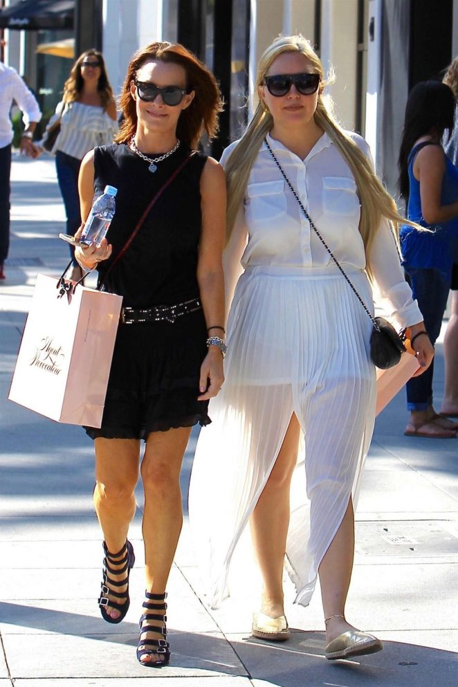 Amanda Bynes shopping with a friend on Rodeo Drive in LA
