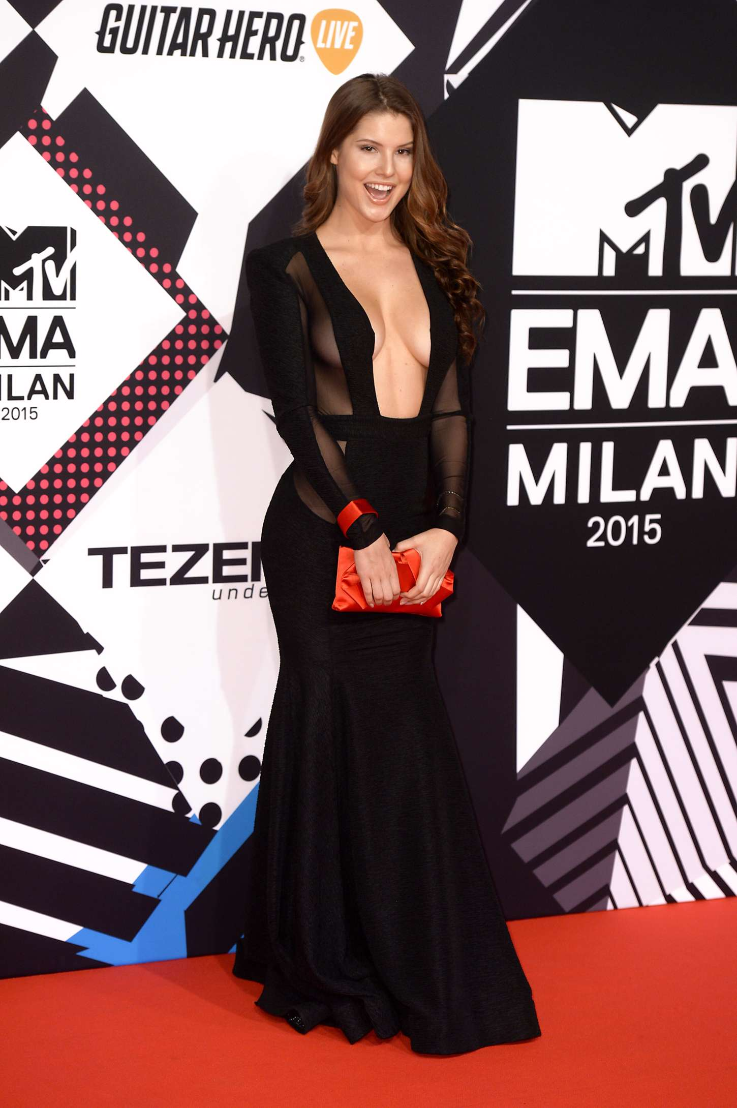 amanda cerny 2015 mtv european music awards 05 � gotceleb