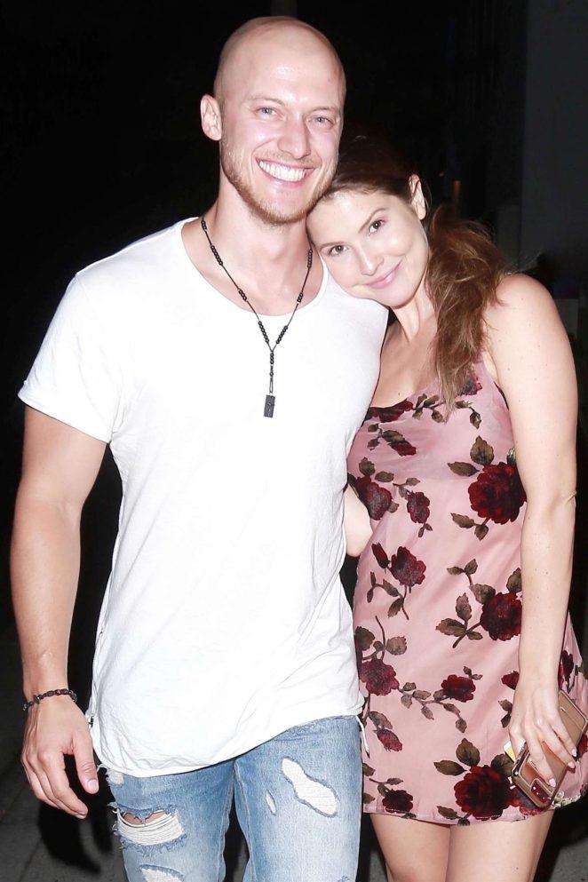 Amanda Cerny with boyfriend at a romantic dinner in Los Angeles