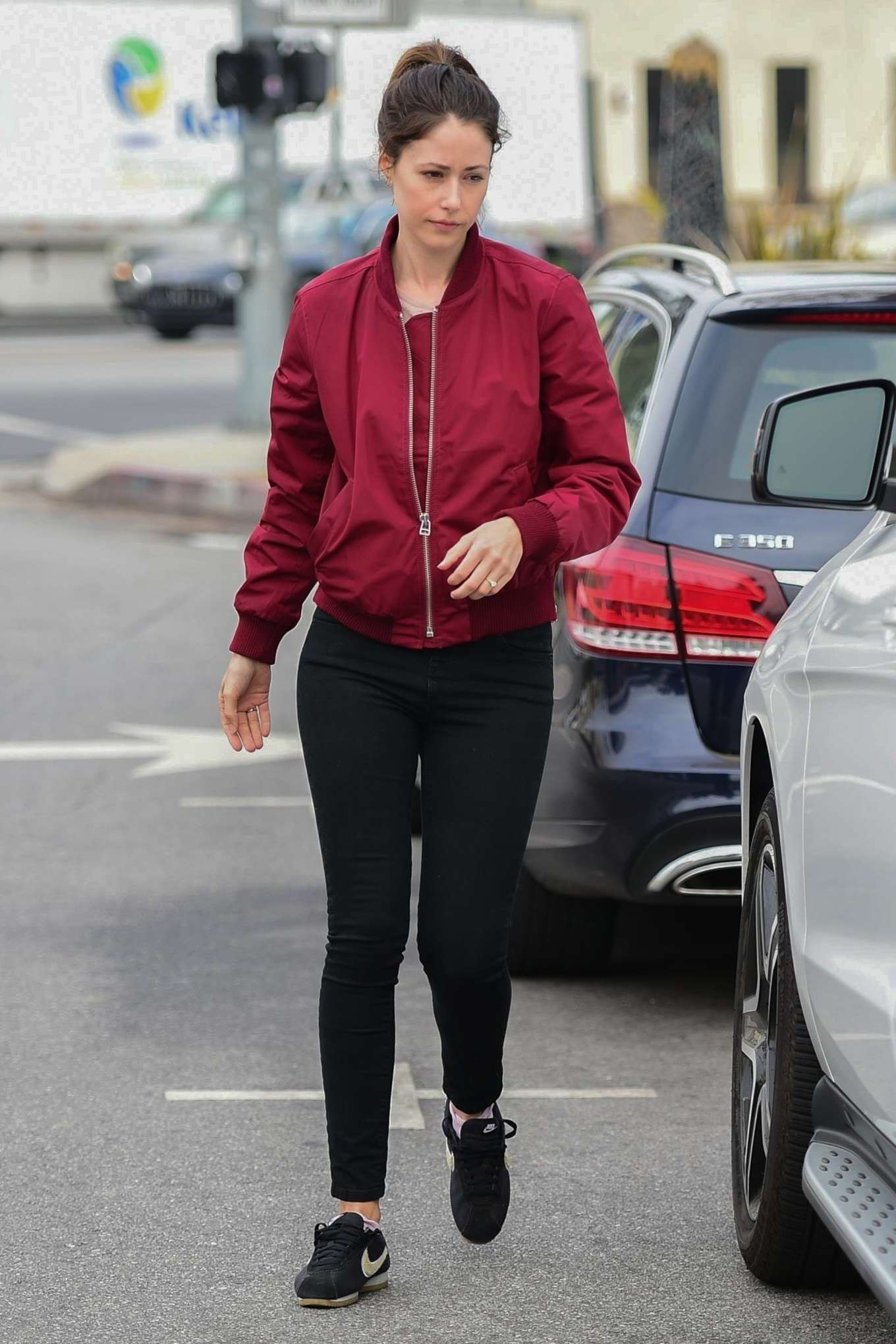 Amanda Crew 2019 : Amanda Crew: Shopping in Studio City-10