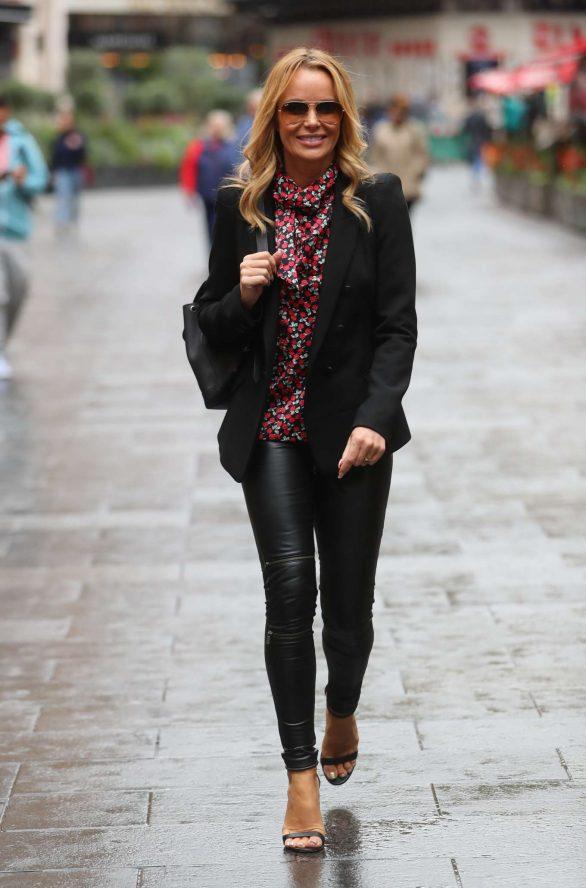 Amanda Holden - Arriving at Global Radio Studios - London