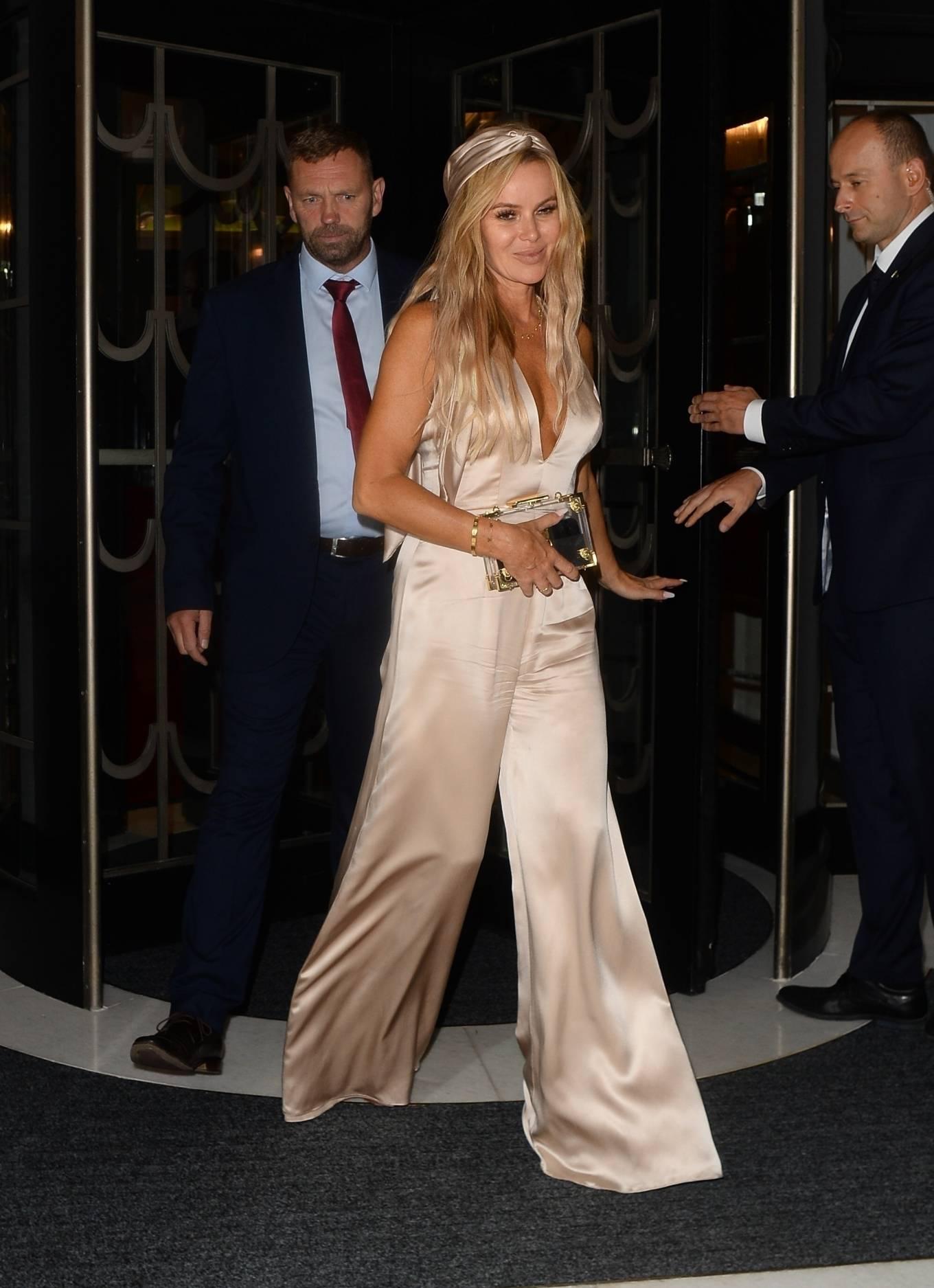 Amanda Holden 2021 : Amanda Holden – attend David Walliamss 50th birthday party at Claridge in London-01
