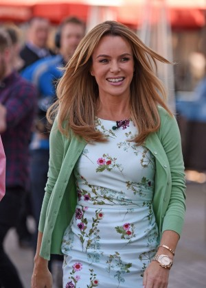 Amanda Holden - Filming 'This Morning' in London