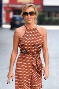 Amanda Holden - In a summer dress arriving at Heart Breakfast in London