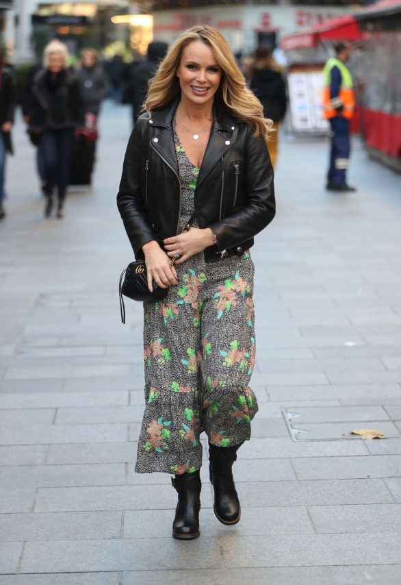 Amanda Holden - Leaving Heart Radio Show in London