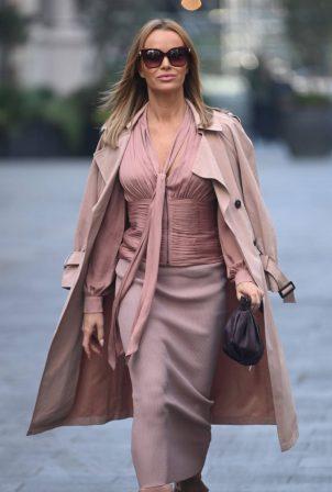 Amanda Holden - Look stylish while leaving Global Studios in London